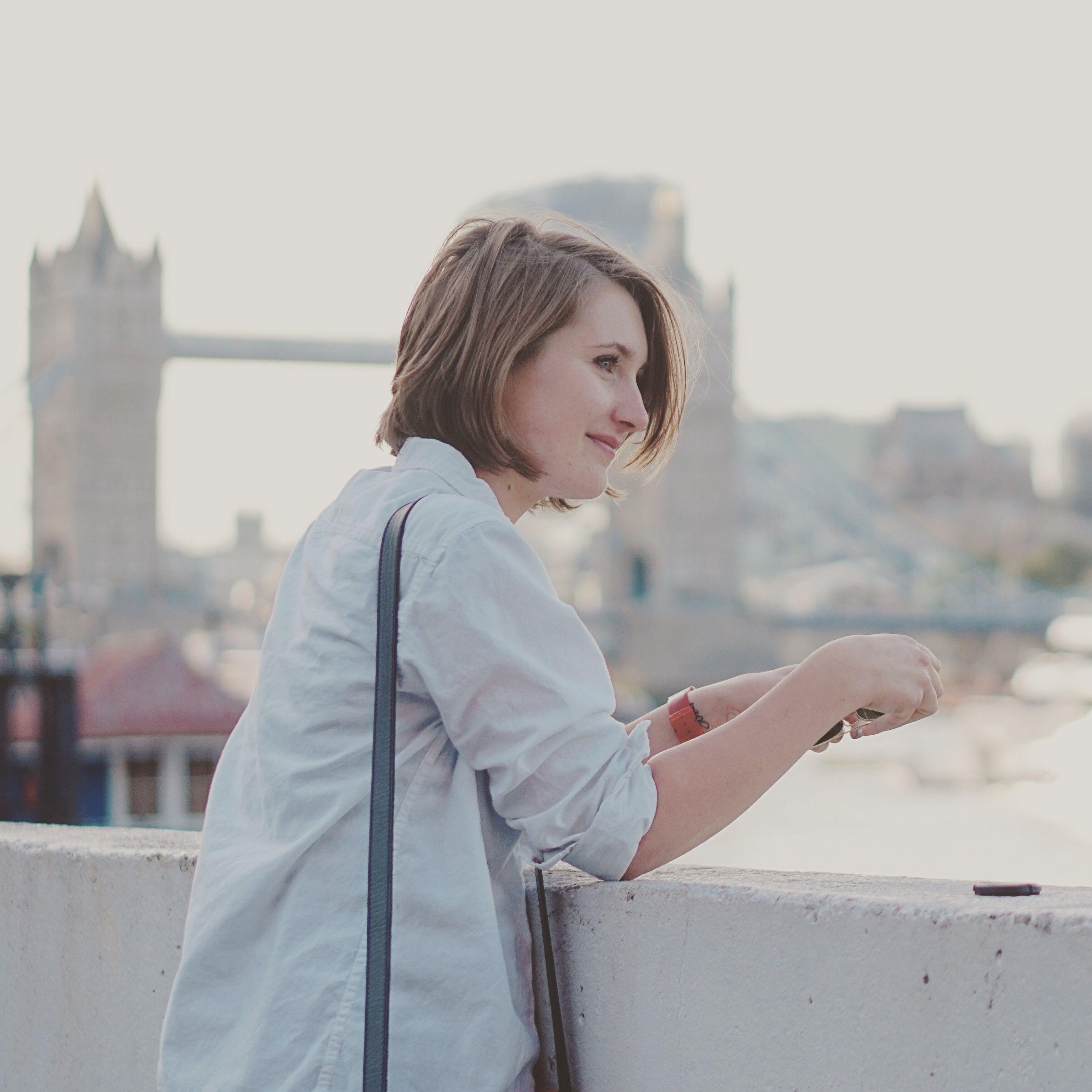 Ioana at Tower Bridge